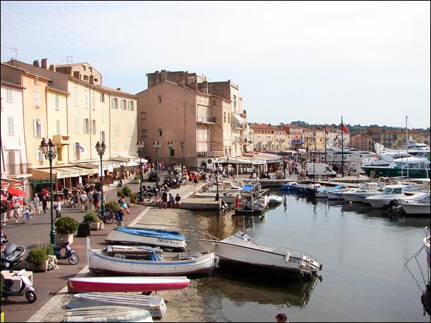 Comment s'appelle ce petit port mondialement connu ?