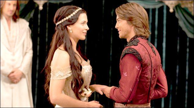 Où Richard dit qu'il est lorsqu'il rencontre Kahlan entre les 2 mondes ?