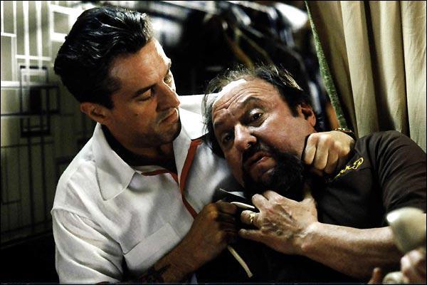Quel est ce film où de Niro incarne Jimmy Conway, un mafieux ?