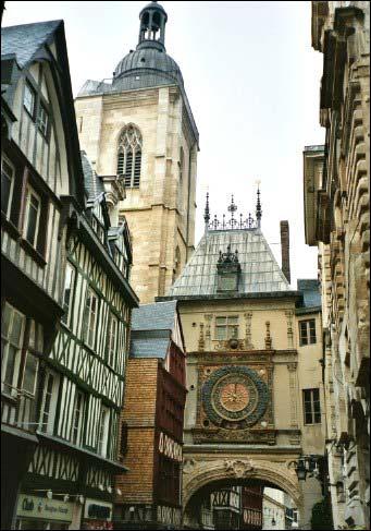 Quel est le nom de cette rue très célèbre du centre-ville rouennais ?