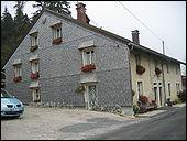En 2007, combien d'habitants comptait le Jura ?