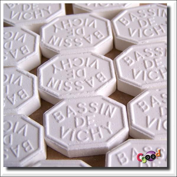 Sur la ligne de démarcation, les pastilles de ...