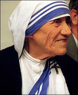 Où est née Mère Teresa ?