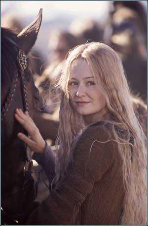 Qui prit part à la bataille des champs du Pelennor avec elle ?
