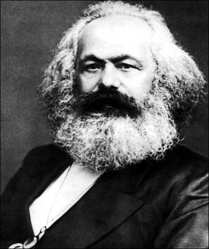 Militant et intellectuel socialiste allemand. Il rédige avec Engels 'Le manifeste du parti communiste'. Qui est-il ?