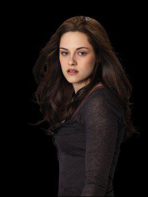 Quel est le nom complet de Bella avant son mariage ?