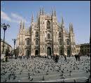 Dans quelle ville italienne se trouve ce magnifique dôme.