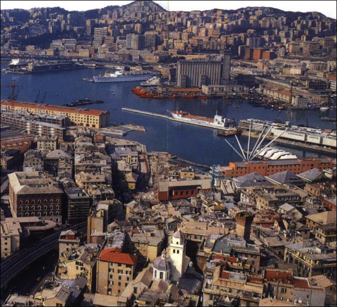 Quelle est cette ville italienne capitale de la Ligurie ? C'est le deuxième port de la Méditerranée derrière Marseille