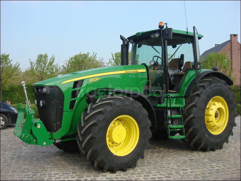 Quelle est la marque de ce tracteur ?