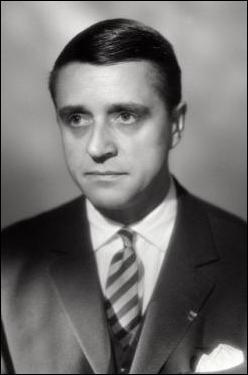 Quel est cet homme politique français qui s'est soi-disant suicidé en 1979 dans un étang de Rambouillet ?