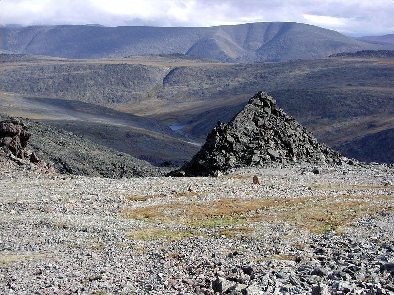 Quelle est cette chaîne de montagne qui représente la limite entre l'Europe et la Russie ?