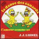Complétez la phrase suivante : ' C'est la danse des canards... .