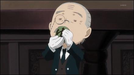 Comment s'appelle cet étrange personnage à l'air con qui boit tout le temps du thé ?
