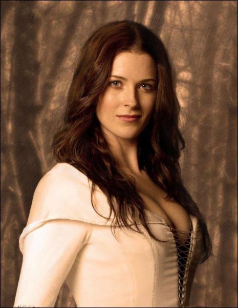Quel est le nom de l'actrice qui joue le rôle de Kahlan Amnell ?