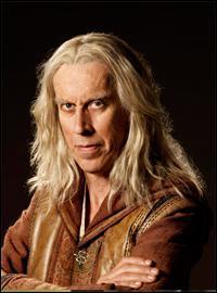 Quel est le nom de l'acteur qui joue le rôle de Zeddicus Zu'l Zorander ?