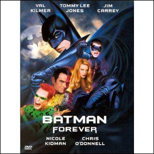 Dans 'Batman forever', quelle scène coupée est la clé du film ?