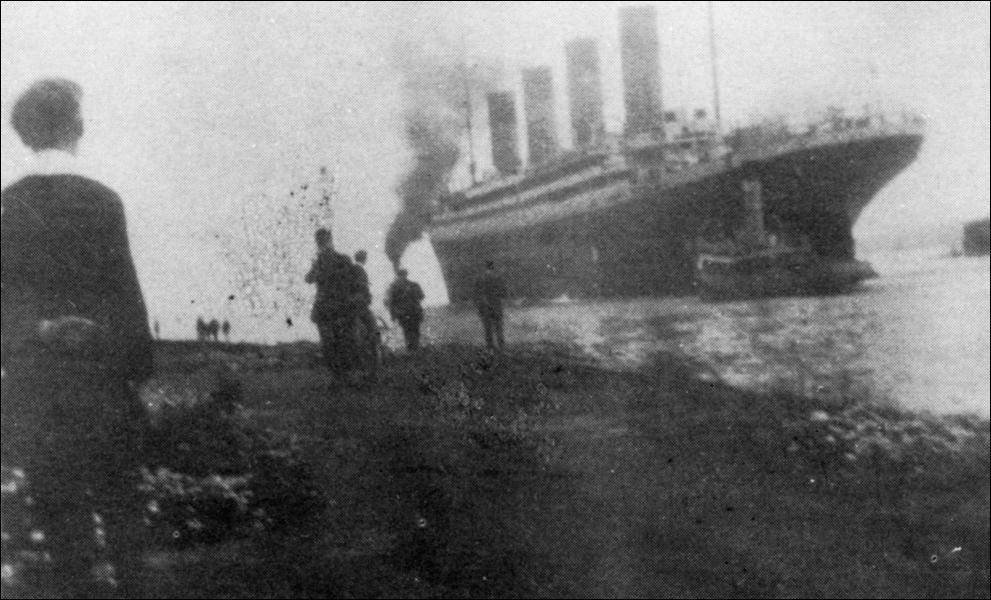 Le Titanic était pourvu de quatre cheminées. A quoi servait la quatrième ?