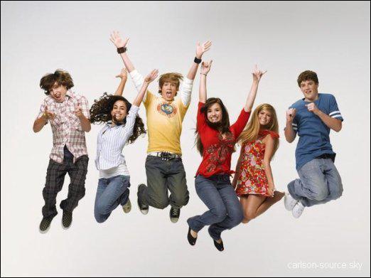 Quelle est cette série Disney Channel ( version américaine ) de 2006 ?