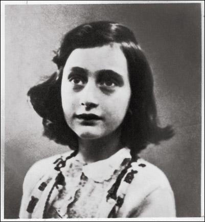 A quel âge Anne Frank est-elle décédée ?