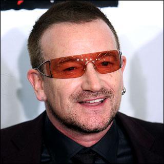 Comment s'appelle le chanteur de U2 ?
