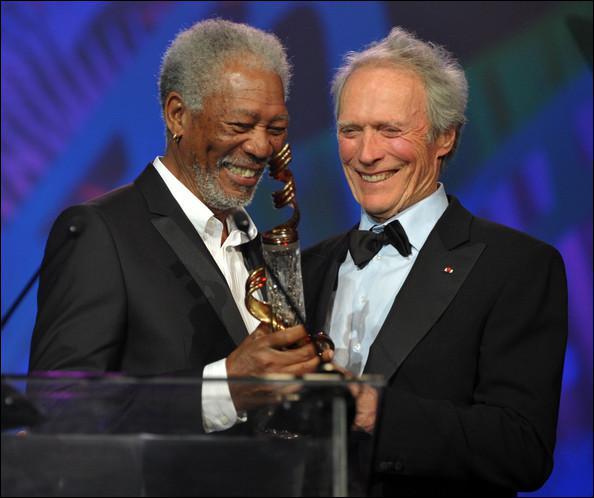 Dans lequel de ces films, Clint Eastwood ne fait-il pas jouer son ami Morgan Freeman ?