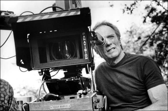 Dans lequel de ces films, Clint Eastwood incarne-t-il le rôle d'un photographe ?