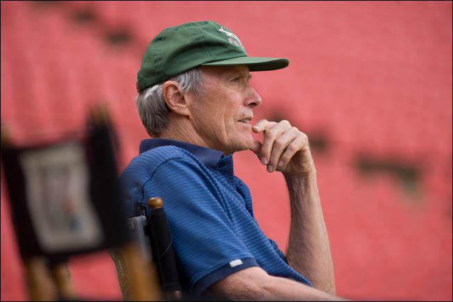 Quel genre, Clint Eastwood n'a-t-il jamais abordé dans ses films en tant que réalisateur ?
