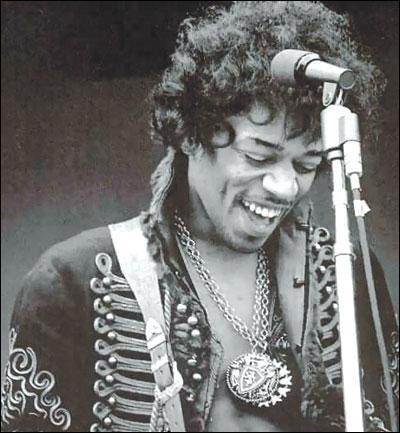 Cette légende du rock, et virtuose de la guitare, est-elle morte à 27 ans ?