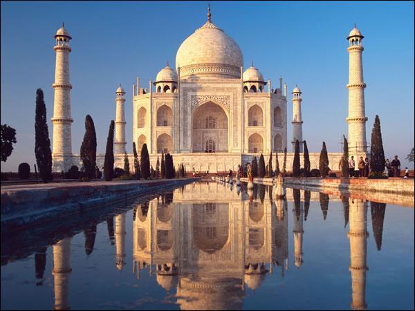 Dans quel pays a été construit le Taj Mahal ?