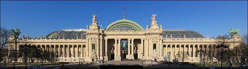 Toujours à Paris, le Grand Palais a été construit pour l'Exposition Universelle de :