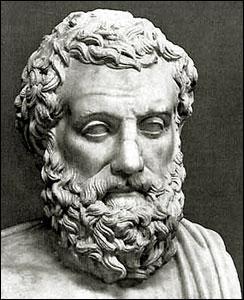 Quel célèbre dramaturge grec a remporté la plupart de ces cérémonies ?