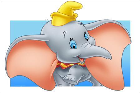 Est-ce que Dumbo parle dans le film ?