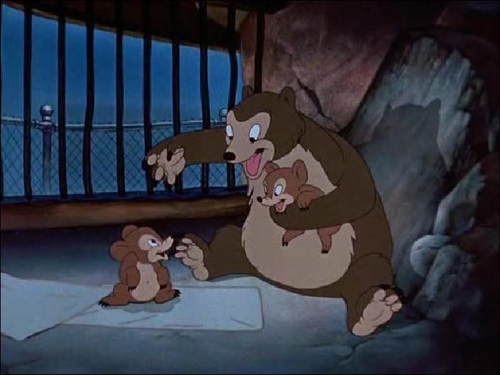 Comment arrivent les bébés au début du film ?