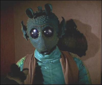 Dans l'épisode IV de 'La Guerre des étoiles', Han Solo affronte le chasseur de primes Greedo. Qui tire en premier ?