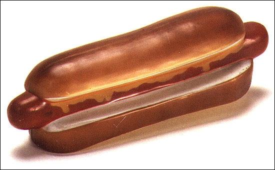 Combien de Hot dogs Garfield a-t-il mangé dans l'épisode  Monstro-Garfield & Cie  ?