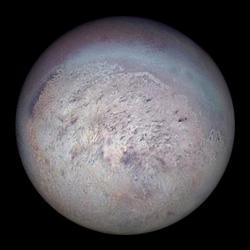 Quelle est la particularité de Pluton ?