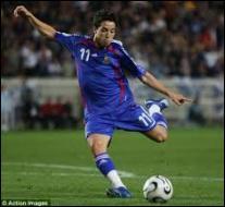Il a failli devenir footballeur professionnel. Il était dans le centre de formation de quel grand club en compagnie de Samir Nasri ?