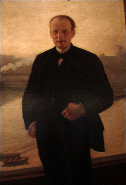 Dans sa biscuiterie mécanisée, il crée le fameux Petit beurre LU en 1886.