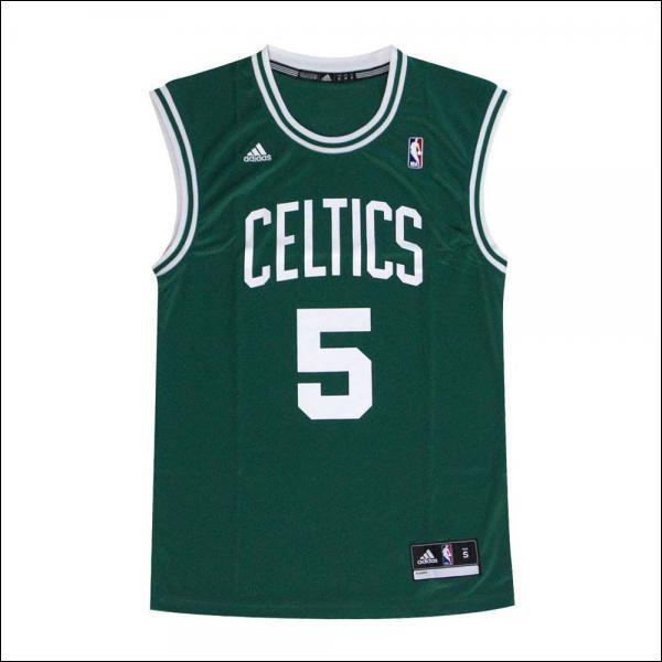 Dans quelle ville jouent les Celtics ?