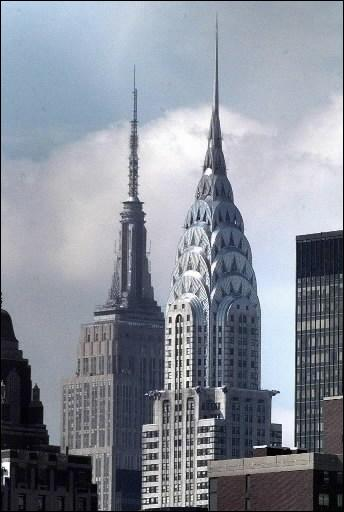 Quel centre de pouvoir important ne trouve-t-on pas à New York ? (photo : le Chrysler building, un des gratte-ciel symbole de la ville)