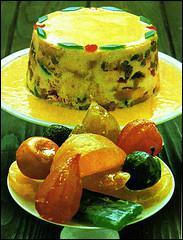 Quelle est cette génoise imbibée de grand marnier et entrecoupée d'une couche de crème pâtissière fourrée aux fruits confits, l'ensemble étant recouvert de crème chantilly ?