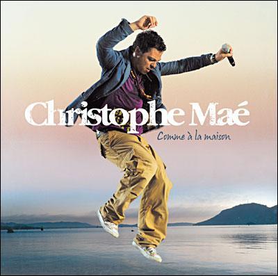 Christophe Maé ( ' La Belle Demoiselle' ) : ' Oh belle demoiselle qui se presse ______. '
