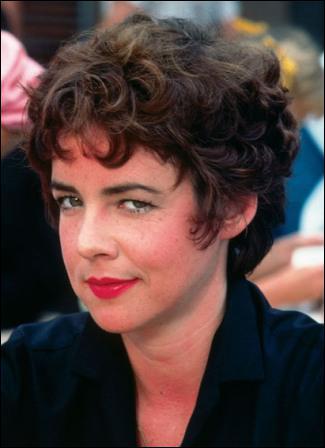 Quelle actrice jouait le rôle de Rizzo, la leader du groupe des Roses ?