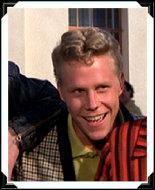 Quel acteur jouait le rôle de Putzie, le jeune blondinet amoureux de Jan ?