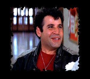 Quel acteur jouait le rôle de Sonny, il est le seul des T-Bird à ne pas sortir avec une Pink Lady ?