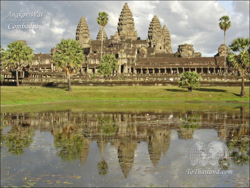 Ensuite nous allons en Asie, pour visiter le temple d'Angkor en/au...