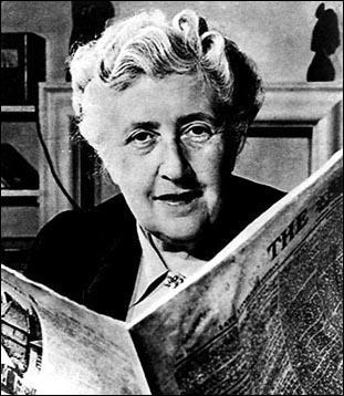 Je suis créé(e) par l'écrivain Agatha Christie comme détective amateur(trice).