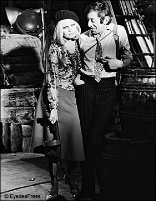 Quels malfaiteurs Serge Gainsbourg chante en 1968 avec Brigitte Bardot ?