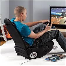 Si vous avez une position normale pour faire ce quiz, l'os qui est le plus près de l'assise de votre siège est...