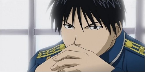 Comment surnomme-t-on le colonel Roy Mustang ?